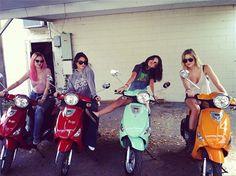 Selena Gomez with Rachel Korine, Vanessa Hudgens, and Ashley Benson on the set Spring Breakers!