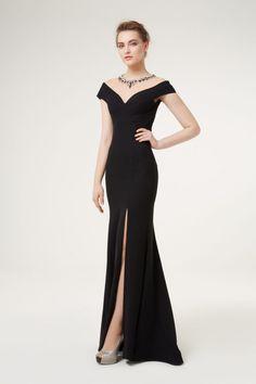 Özel Günlere En Güzel Siyah Abiye Elbise Modelleri