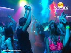#antrosdemexico Visita el club Palladium durante tus vacaciones en Acapulco. ANTROS DE MÉXICO. No hay como ir a Palladium para conocer la vida nocturna de Acapulco, ya que además de ser uno de los bares más emblemáticos del puerto, la fiesta es de lo mejor mejor, gracias a los excelentes DJ's con los que cuenta. Te invitamos a consultar la página oficial de Fidetur Acapulco, para obtener más información.