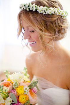 love this bride's floral crown! | Eric Boneske
