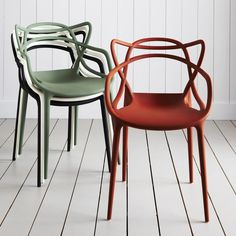 Designed by Philippe Starck for Kartell, the Masters chair pays homage to three contemporary design icons. Re-interpreted, the Series 7 Chair by Arne Jacobsen, the Tulip Armchair by Eero Saarinen and the Eiffel Chair by Charles Eames all weave into a sinu Philippe Starck, Modern Chairs, Modern Furniture, Furniture Design, Furniture Ideas, Chaise Masters, Chaise Panton, Eiffel Chair, Stackable Chairs