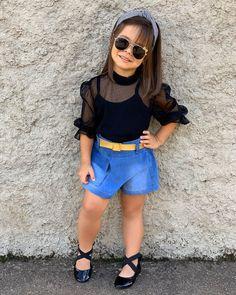 Cute Little Girl Dresses, Dresses Kids Girl, Little Girl Fashion, Baby Girl Fashion, Cute Baby Girl Outfits, Kids Fashion, Mommy And Me Outfits, Kids Outfits, Moda Kids