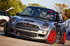 Ales old Cooper S, tuned by 1320Mini, a firm MT favorite!