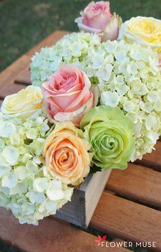 Spring Pastels DIY Centerpiece - tutorial on Flower Muse blog: www.flowermuse.com/blog/spring-pastels-diy-centerpiece/