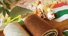 STRUCLE MAKOWE KRUCHO DROŻDŻOWE - obrazkowy sposób wykonania Food Cakes, Cake Recipes, Xmas, Ethnic Recipes, Apple Tea Cake, Recipies, Cakes, Easy Cake Recipes, Kuchen