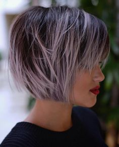 Pastel Purple Balayage For Brown Bob Short Choppy Haircuts, Short Bobs With Bangs, Short Thin Hair, Haircuts For Fine Hair, Short Bob Hairstyles, Hairstyles With Bangs, Short Hair Styles, Choppy Bangs, Choppy Layers