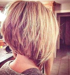 Unbelievable The whole hairstyle industry is changing yearly. Modern hairstyles are having more flexible variations, mixing old with new. Some of these modern variations are inverted bob hairstyles. Inverted Bob Hairstyles, Short Bob Haircuts, 2015 Hairstyles, Modern Hairstyles, Short Hairstyles For Women, Medium Hairstyles, Haircut Short, Hairstyle Short, Graduated Bob Haircuts