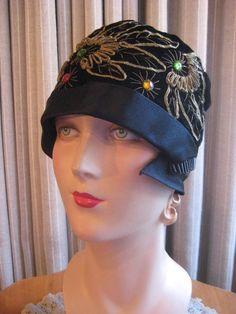 1920s Vintage Black Velvet Flapper Hat 20s Metallic by Maudelynn