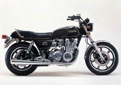 Yamaha XS 1100.