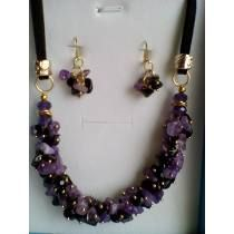 U Beaded Bracelets, Necklaces, Jewelry, Fashion, Collares Largos, Chains, Stud Earrings, Jewels, Moda