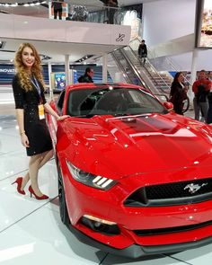 Just casually modeling in front of my favorite cars at the North American International Auto show. Day 2 of covering with @shebuyscars  #detroitmi #detroitfashion #detroitblogger #detroitdesigner #model #modeling #detroitmodel #michiganmodel #fashionmodel