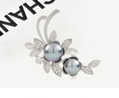 Creative Design Alloy Flower Brooch with Beads and Zircons //sweetiee-love
