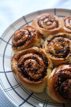 Waffles, Sweet Tooth, Muffin, Sweets, Baking, Breakfast, Desserts, Pasta, Tourbillon
