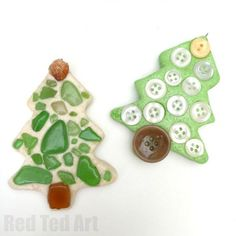 Sea Glass Ornaments - turn your beach finds into Christmas Keepsakes, by turning sea glass into gorgeous tree ornaments -this is so easy you can even do it ON holiday!