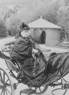 Queen Victoria (1819-1901) in a phaeton carriage, Grasse, 1891