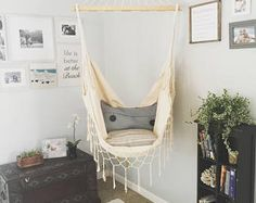 14 Fabulous Rustic Chic Bedroom Design and Decor Ideas to Make Your Space Special - The Trending House Boho Bedroom Decor, Bedroom Chair, Bedroom Ideas, Bedroom Designs, Decor Room, Bed Room, Wall Decor, Stylish Bedroom, Modern Bedroom
