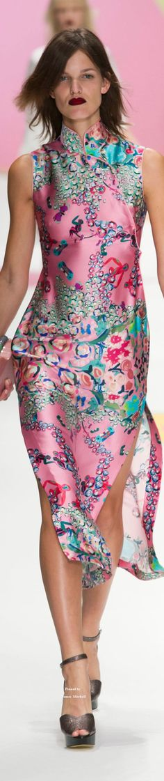 www.2locos.com Shiatzy Chen Collection Spring 2016 Ready-to-Wear