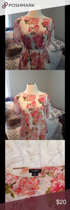 PLUS size floral blouse Beautiful floral blouse with tie. You can keep tied or not. Very attractive. Nu Options Tops Blouses