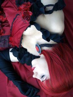 "Arulithia(Aru) Angelina Dulles ""Madame Red"" Cosplay Photo - Cure WorldCosplay"