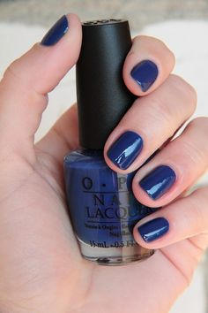 OPI Dating A Royal - Love this neat, short manicure!