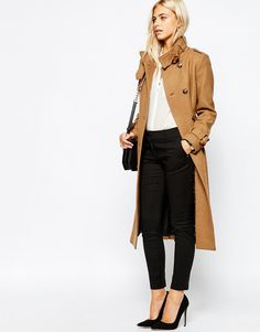 Military, simple black or a fur coat - check out these 3 chic street style winter fashion inspirations