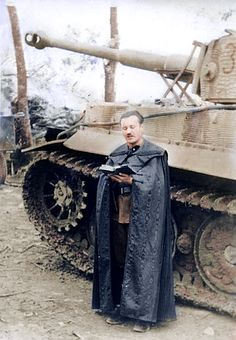 A nice colorized photo of a military reverend posing while reading his Bible next to a late variant Tiger 1 with zimmerit applied to the sides and turret. Ww2 Pictures, Ww2 Photos, Military Pictures, Tiger Ii, German Soldiers Ww2, German Army, Tiger Tank, Ww2 Tanks, Military Diorama