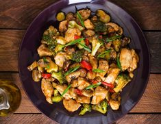 This Syn free Spicy Chicken Stir Fry is healthier than your typical local takeaway version and will be loved by the whole family. Made with chunks of chicken, speedy vegetables such as broccoli, peppers and mushroom and coated in a[. Spicy Chicken Recipes, Healthy Chicken, Wok, Stir Fry Recipes, Healthy Recipes, Diabetic Recipes, Lacto Vegetarian Diet, Ovo Vegetarian, Halloumi Burger