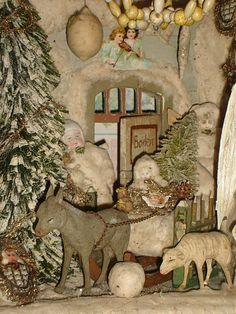 Antique German Christmas house w cotton Christmas Room, German Christmas, Christmas Scenes, Old Fashioned Christmas, Christmas Past, Victorian Christmas, Primitive Christmas, White Christmas, Christmas History