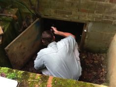 A home inspector examines a crawl space for a prospective homebuyer. (Photo courtesy of Angie's List member Charles S. of Montpelier Station, Va. Real Estate Buyers, Real Estate Tips, Real Estate Investing, Home Inspection, House Doctor, Best Investments, Home Staging, Home Buying, Angie's List