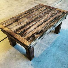 Rustic Coffee table di DadtheBuilder su Etsy