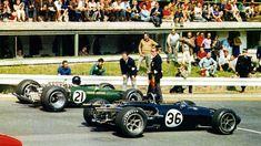 Jim Clark (Lotus 49) and Dan Gurney (Eagle T1G/Eagle Mark1). 1967 Belgian GP at Spa-Francorchamps. Dan Gurney goes on to win.