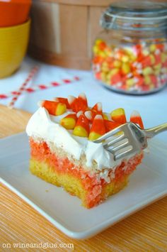 Love it !  http://www.wineandglue.com/2013/08/candy-corn-poke-cake.html