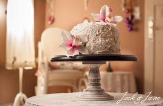 Fekete-fehér antikolt fa tortatál - PIANO Jack G, Fa, Wordpress, Desserts, Tailgate Desserts, Deserts, Postres, Dessert, Plated Desserts