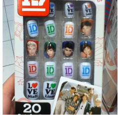 One direction nails (i saw nails in a store once.not that hard to imagine a girl standing in the middle of a store fangirling with people giving her weird looks XD) One Direction Nails, One Direction Merch, One Direction Pictures, I Love One Direction, Cute Nail Art, Cute Nails, Weird Look, Nails First, Pretty Nail Designs