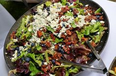 Blueberry Goat Cheese Salad with Mixed Field Greens and Sherry Vinaigrette