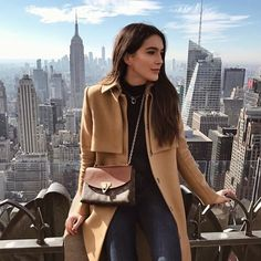 Shop the Look from Brittany Xavier on ShopStyleThis view never gets old 🙌🏻 HANNAH READ mode New York Pictures, New York Photos, New York Photography, Photography Poses, Travel Photography, Fashion Photography, Fashion Mode, New York Fashion, New York Winter Fashion