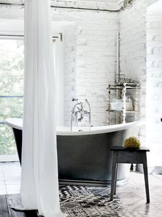 floor, tub, white brick