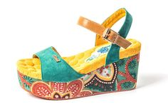 color pop wedges