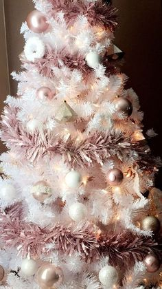 white christmas tree 56 Cute Pink Christmas Tree Decoration Ideas You Will Totally Love interior Pink Christmas Tree Decorations, Rose Gold Christmas Tree, Xmas Tree, Pre Lit Christmas Tree, Christmas Tabletop, Christmas Mantles, Christmas Bedroom, Christmas Villages, Silver Christmas