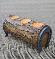 Beautiful rustic log Tealight holder.