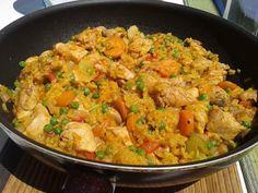 Rizses, zöldséges egytálétel Keto Fast Food, Curry, Food And Drink, Homemade, Dinner, Health, Ethnic Recipes, Dining, Curries