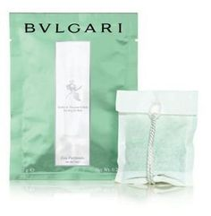 Bvlgari au the vert (green tea) bath tea bags Set of 6 by BVLGARI. $54.95. Healing and relaxing effects. 6 individual tea bags for bath. Each tea bag contains 0.5oz (14g). Scent - au the vert (green tea). Launched by the design house of Bvlgari in 1992, Bvlgari Green Tea is classified as a refined, oriental fragrance. This unisex scent possesses a blend of Bulgari's first fragrance, extracts of green tea blended with jasmine, rose and citrus.  Brand new and wrapped in a ...