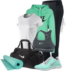 Sport outfit nike roshe 26 ideas for 2019 Moda Outfits, Nike Outfits, Sport Outfits, Casual Outfits, Fashion Outfits, Workout Attire, Workout Wear, Nike Workout, Yoga Workouts