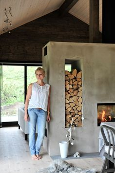 Rindalshytter Casa Loft, Tiny House Cabin, Prefab Homes, Fireplace Design, House In The Woods, Modern Rustic, Interior Design Living Room, Interior Architecture, House Plans