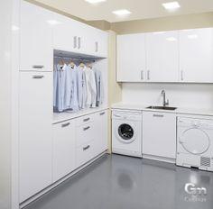 Mira que organizadito podemos ponerte el cuarto de la lavadora! #orden #comodidad