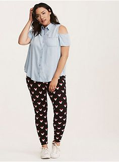 """We just can't get enough Minnie! Can't you tell with these leggings? The black knit is a second-skin fit, with an aww-dorable white Minnie Mouse head print that's been embellished with signature bows.<div><ul><li style=""""list-style-position: inside !important; list-style-type: disc !important"""">28"""" inseam</li><li style=""""list-style-position: inside !important; list-style-type: disc !important"""">Cotton/spandex</li><li style=""""list-style-position: inside !important; list-style-type: disc…"""