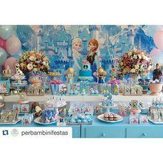 #mulpix Sucesso absoluto! ❄️❄️❄️ Painel em tecido sensação 3D tema Frozen para levar o realismo para o seu evento! Décor  @perbambinifestas! Orçamentos contato@nuvemsublimacao.com.br!  #NuvemSublimação  #FazADiferença  #PainelEmTecido  #Painel  #Frozen  #ÉDaNuvem