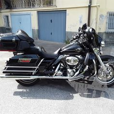 Harley-Davidson Electra Glide Ultra classic 2008 - Nuovo annuncio Harley-Davidson #Harley #Touring #UltraClassic #MassaCarrara Touring, Harley Davidson, Motorcycle, Vehicles, Biking, Motorcycles, Motorbikes, Engine, Vehicle