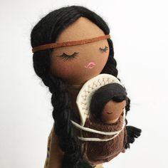 "Polubienia: 467, komentarze: 40 – Mend by Ruby Grace Dolls (@mendbyrubygracedolls) na Instagramie: ""My Sacagawea inspired doll...FRIDAY restock 9am PST...❤️❤️❤️"""