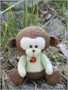 Вязаные игрушки Зайкиной Ксюшки: Вязаняа обезьянка Натти